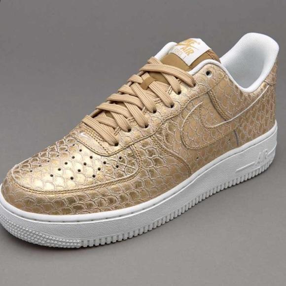 9f1c31b3dc9 Nike Air Force 1 '07 LV8 Gold Size 6.5, 8.5 NWT NWT